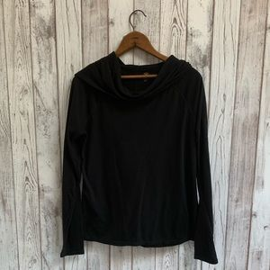 Gaiam black cowl neck long sleeve top size medium